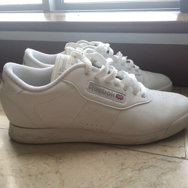 5a86f2b07fc5b Authentic Reebok Princess White Shoes