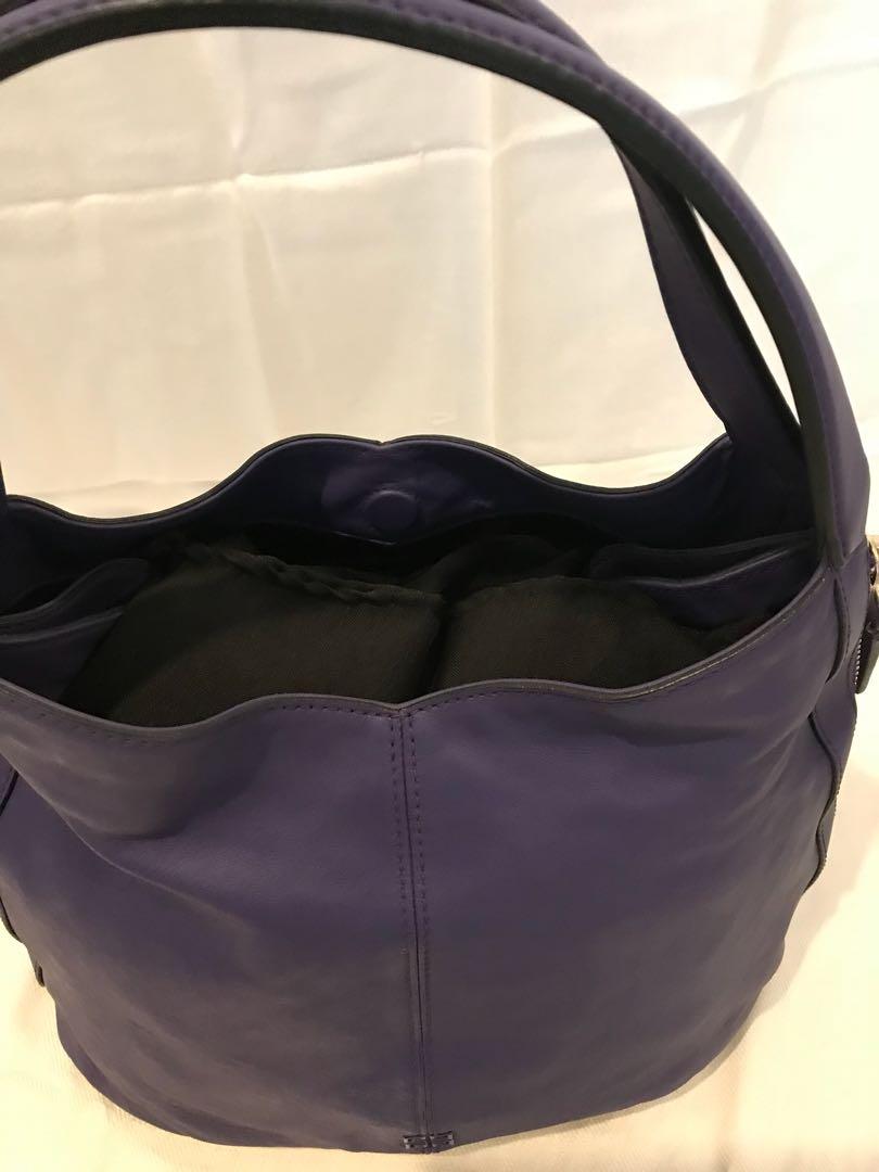 efe6248eb2 Givenchy Tinhan Shopper Bag