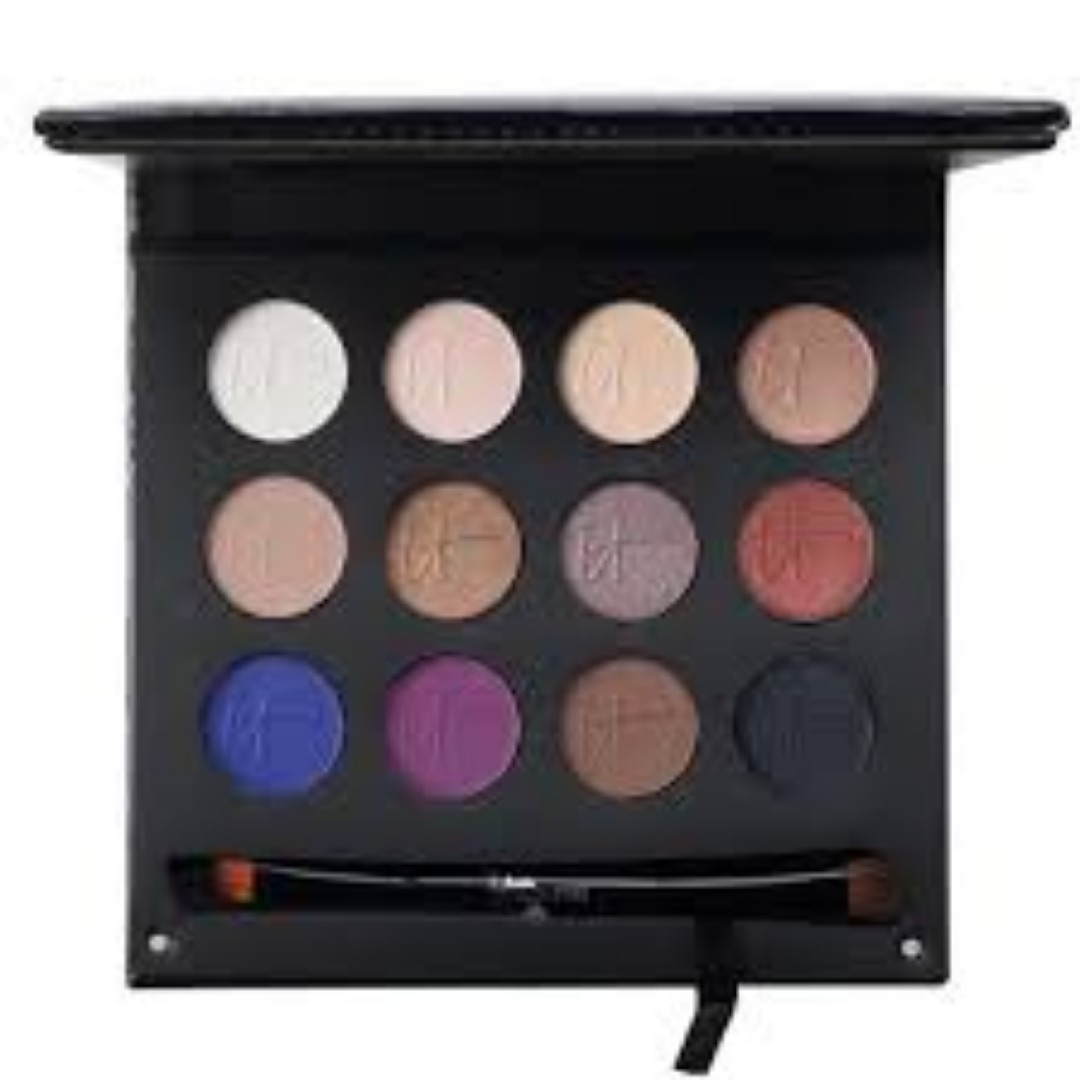IT Cosmetics Luxe Anti-Aging High Performance Eye Shadow Palette with Dual Brush