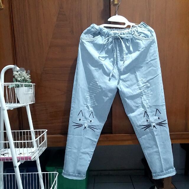 Jual Cepat Celana Jeans Longgar Aksen Kucing Women S Fashion