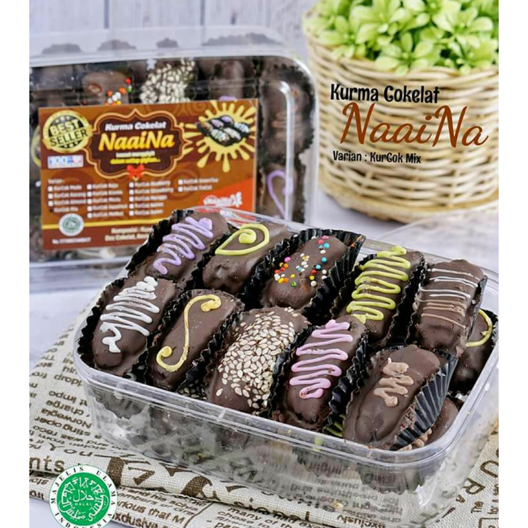 Kurma Coklat Mix Food Drinks Baked Goods On Carousell Isi Almond