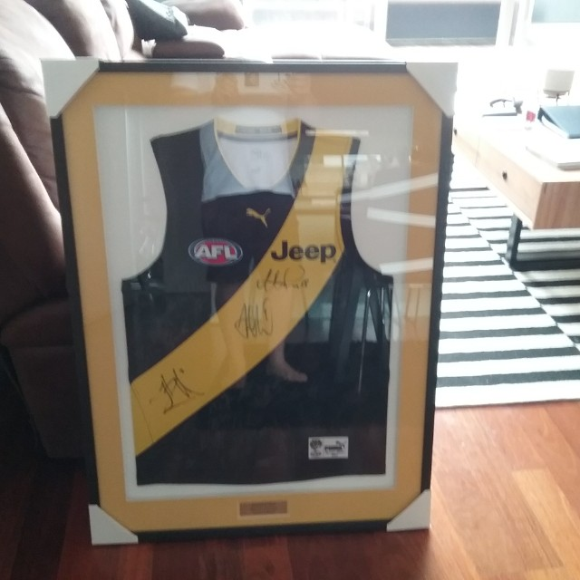 Signed and Framed 2017 Richmond Premiership Guernsey