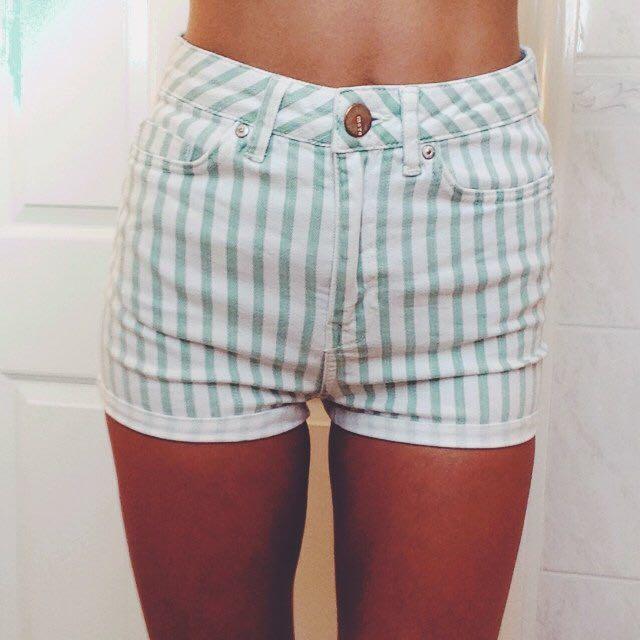 Topshop denim shorts high waisted size 26