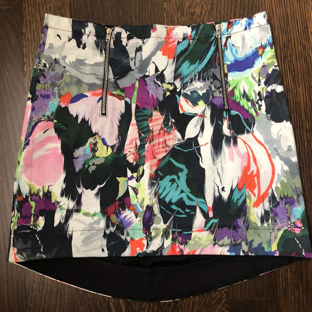 Topshop printed skirts size US4