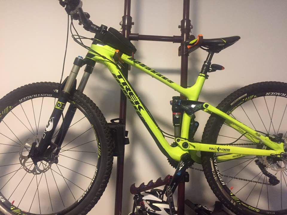 Trek Fuel EX 9 8 27 5 carbon 17 5inch