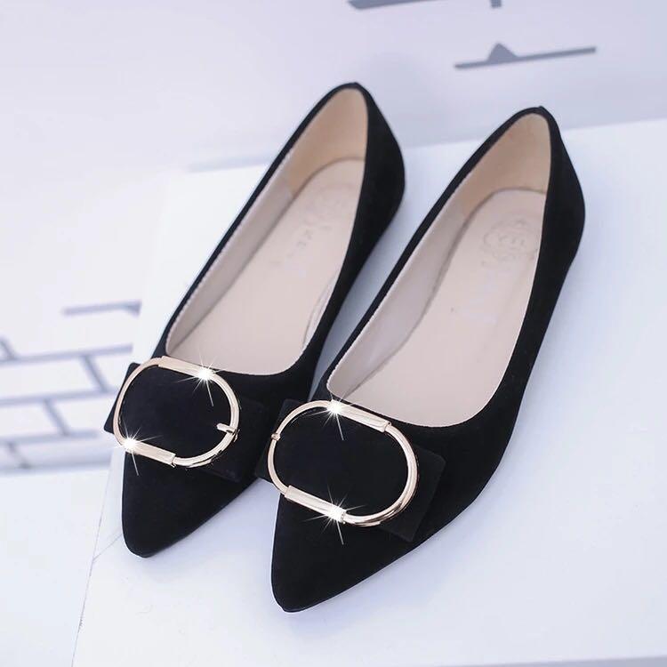 d01a2e7a08f Zara velvet heels