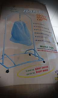 Baby swing /baby safety sping cot (yao lan)
