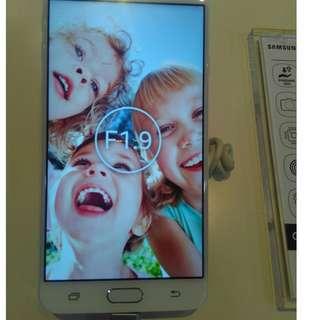 Hp Samsung J7 Prime bisa diangsur dengan bunga 0.99%