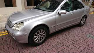 Mercedes-Benz C200 Saloon Auto Kompressor