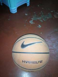 Nike 籃球