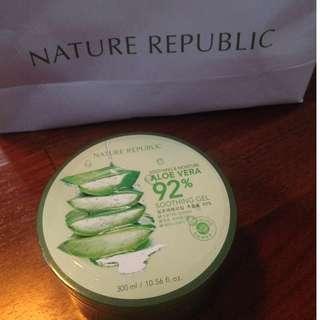 Nature republic (aloe vera gel)