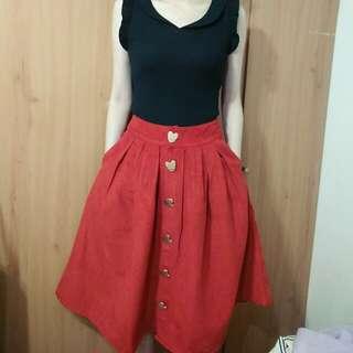 兩件九折。絕美橘紅色麂皮絨愛心金釦中裙長裙