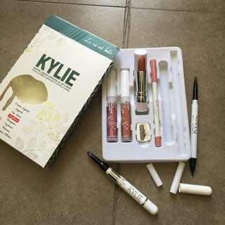 Kylie Set 8in1