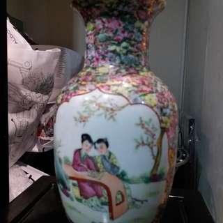 5O年代江西景德鎮名瓷花瓶。