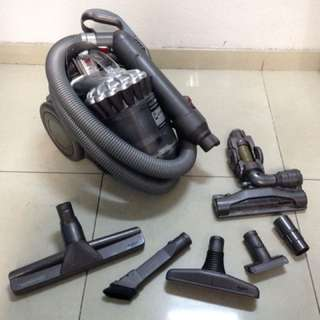 Dyson DC22 Vacunm Cleaner
