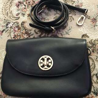 AUTHENTIC TORY BURCH ROBINSON DOUBLE GUSSET CROSSBODY