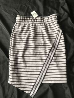 Stripped skirt from SIRENS (Size: M)