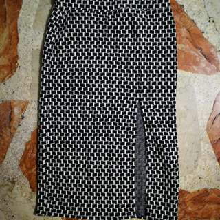 Checkered Black and White Pencil Skirt with slit