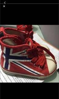 Kid sneaker