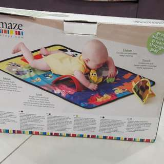 Tummy time baby playmat