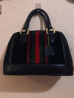 Bestini Hand Bag