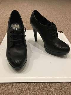 Black ALDO booties size 35