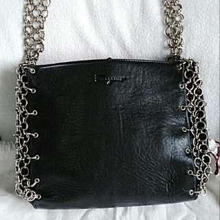 💯  Authentic Salvatore Ferragamo leather bag