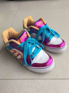 Heelys Roller Shoes (Youth 4 / 22cm)