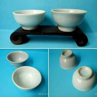 清:白釉小杯一對(1)