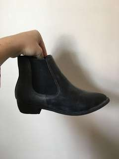 Chelsea Boots - Bought from City Beach