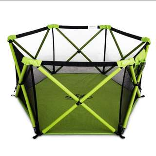 Foldable Baby/Kids Safety Playpen with balls