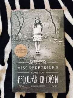 HARDBOUND Miss Peregrine's : Home for Peculiar Children