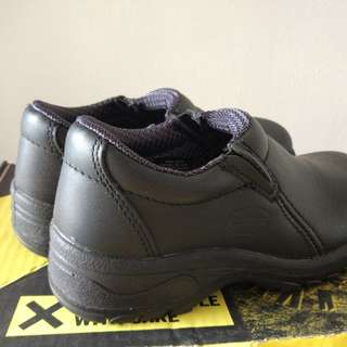 Oliver Safety Boots ( wear once only )