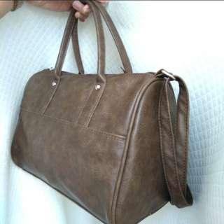 PARISIAN hand/sling bag