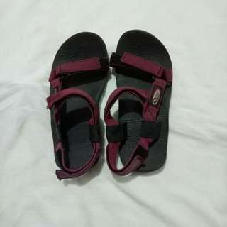 Quest Outdoor Maroon Sandals (Sandugo inspired) Marikina Made size 33-34