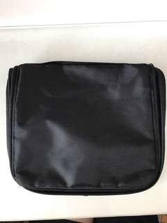 黑色旅行收納袋