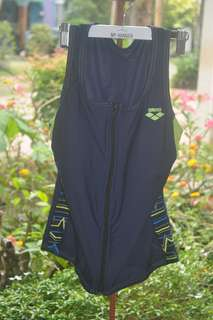 Tri tops for women
