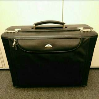Samsonite leather carry bag