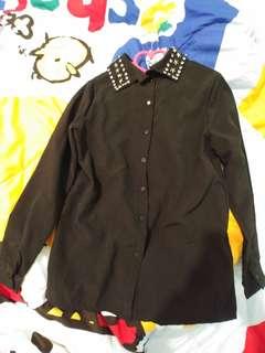 黑色星星鍋釘裇衫