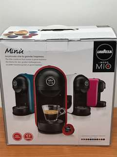 Lavazza A Modo Mio Expresso Machine (without capsules)