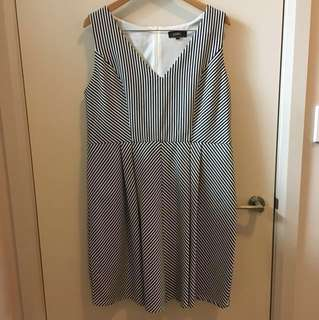 Dorothy Perkins Luxe striped dress size 20