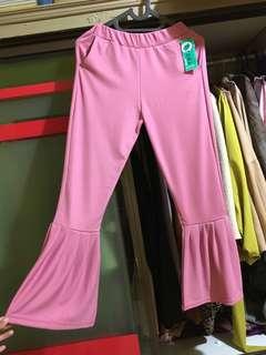 NEW Ruffle pant pink