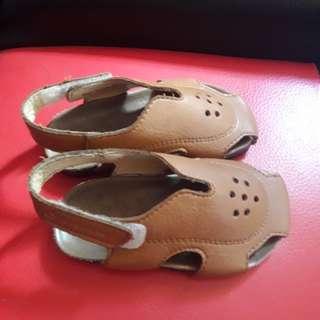 Sepatu anak cewek or cowok