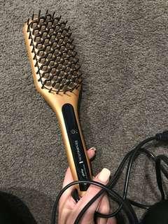 Remington Brush/ straightener