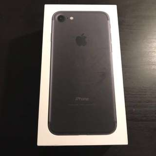 iPhone 7 128GB Like New Matte black (no trades)