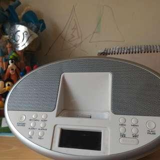 IPOD DOCK & FM,CLOCK ,