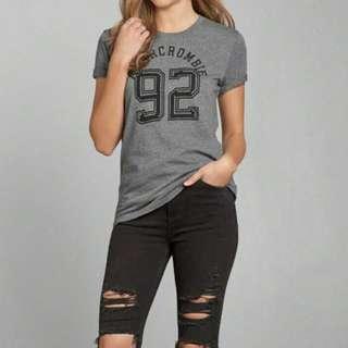 🚚 全新A&F Tshirt af 新款長版t