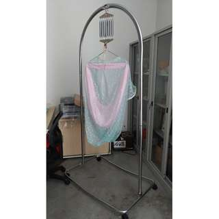 3V Cradle/Sarong stand c/w Accessories