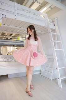 淺粉色繡花吊帶高腰連衣裙(不連上衣)