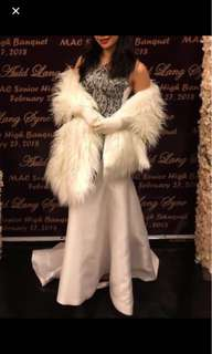 Fur shawl white and black